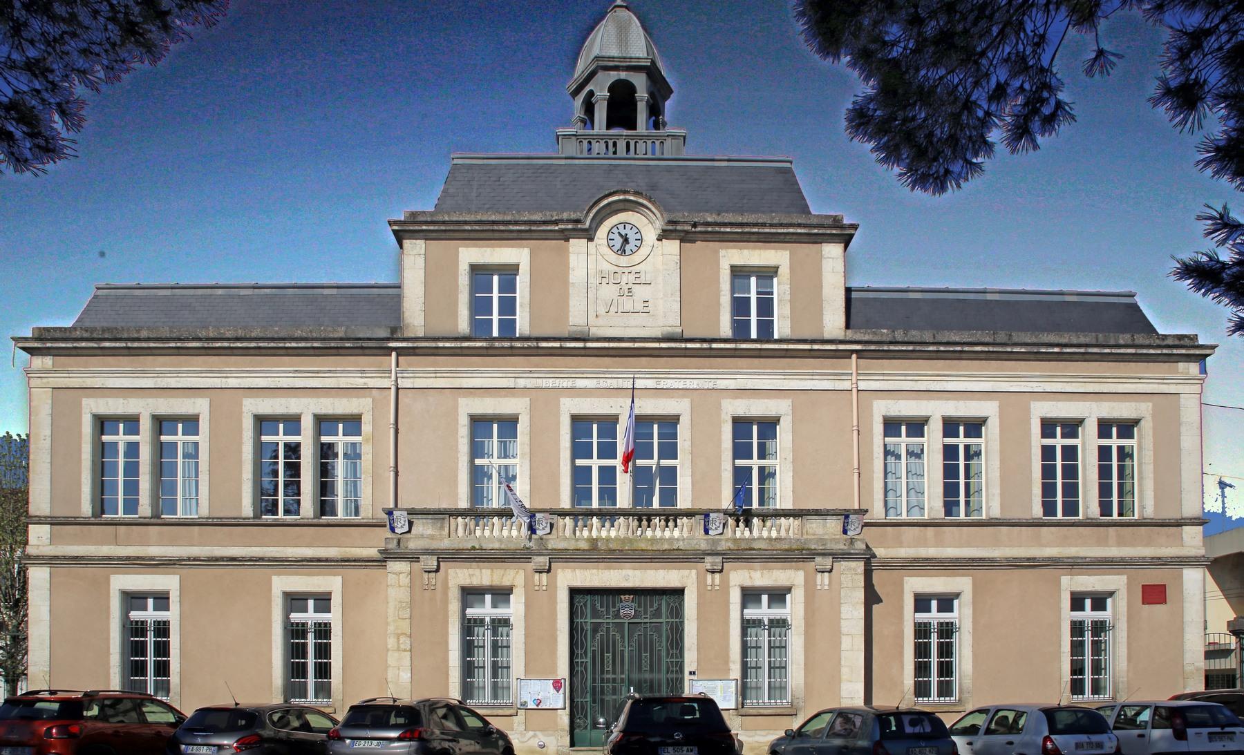 Mairie lr facade